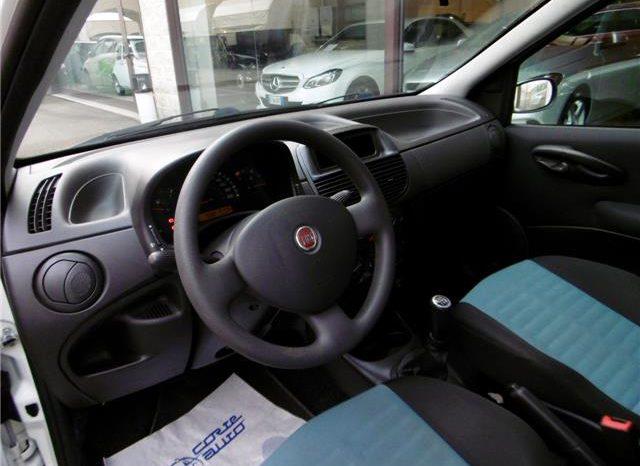 Fiat Punto 1.3 MJT 16V 5p. Active Van completo
